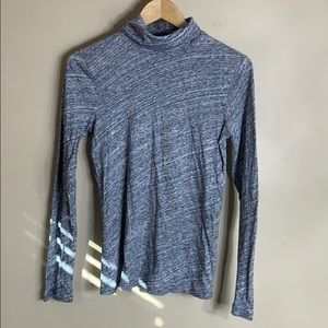 J crew gray turtleneck top